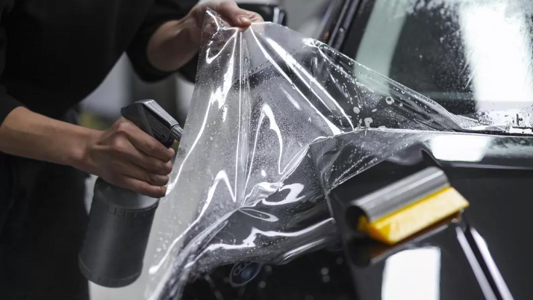 车漆护理中的隐形车衣为何比较贵?
